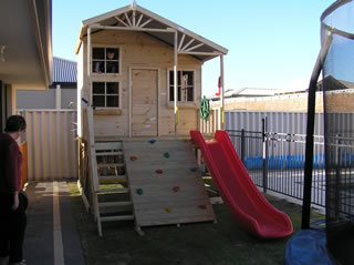 Rascals Hideout Cubby House
